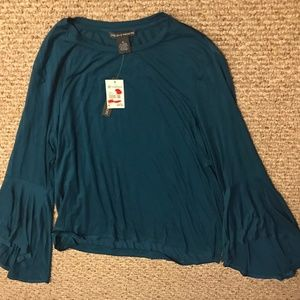 Chelsea & Theodore Bell Sleeve Stretch Blue Shirt